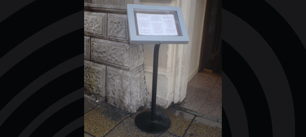 Freestanding menu box