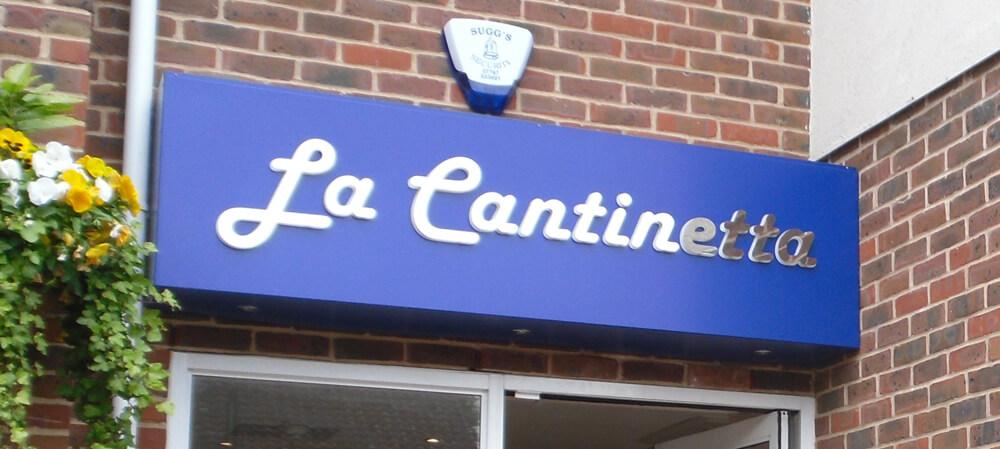 Ristorante Cantinetta signage