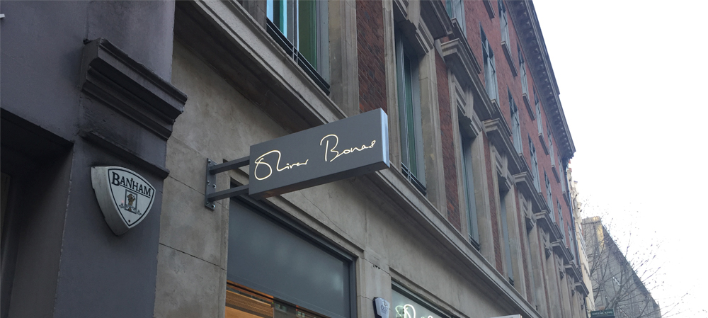oliver bonas sign